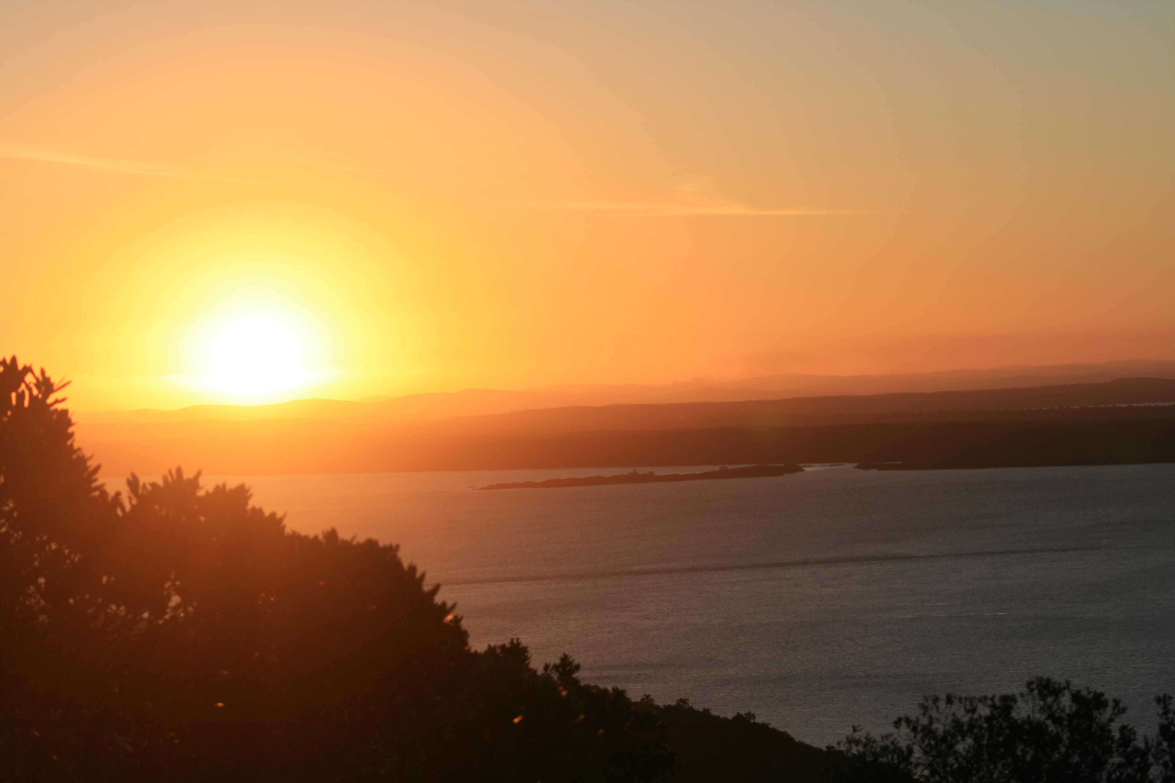 Crepúsculo na Trilha da Pedra da Visão, Parque Estadual de Itapuã. Foto: Aquiles Bastiani Naressi
